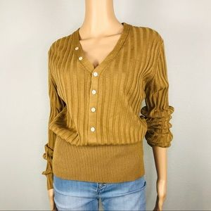 Camel rib  button detailed knit top